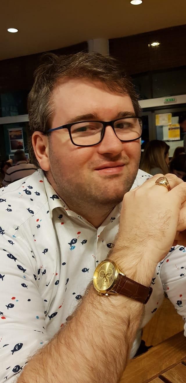 Superblogerul Emil Calinescu